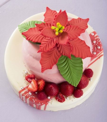2018クリスマスケーキ 人気 ポインセチアのケーキ